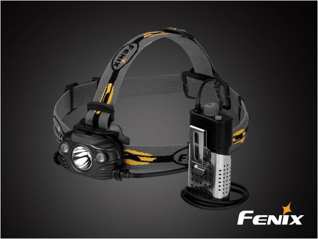 Latarka diodowa Fenix HP30R - czołówka (czarna) - Zdjęcie